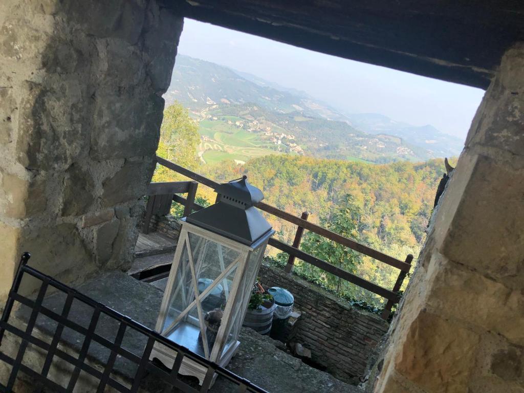 Balcone o terrazza di Camere del Castello Carpineti