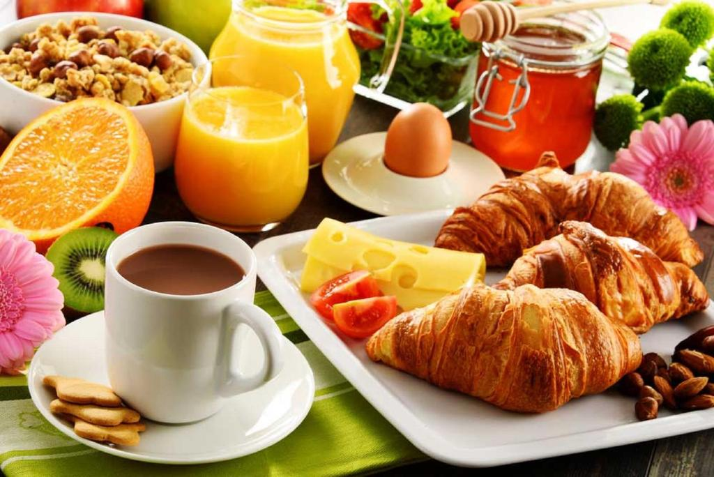 Breakfast options available to guests at Homewood Suites By Hilton Ronkonkoma