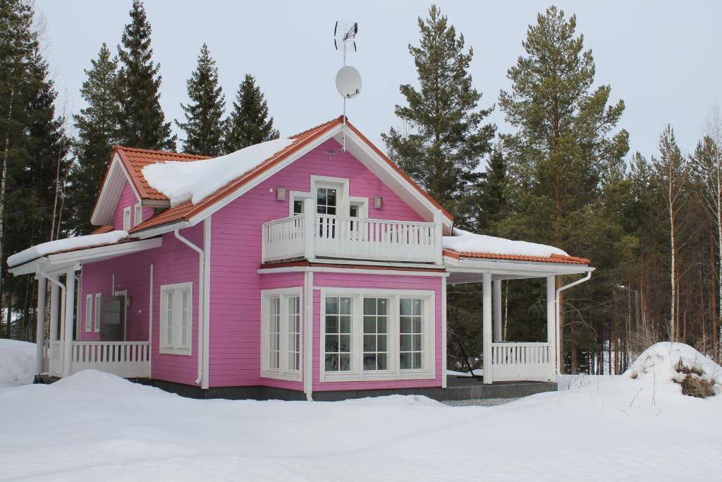 Сколько стоит коттедж в финляндии приобретение недвижимости в белоруссии