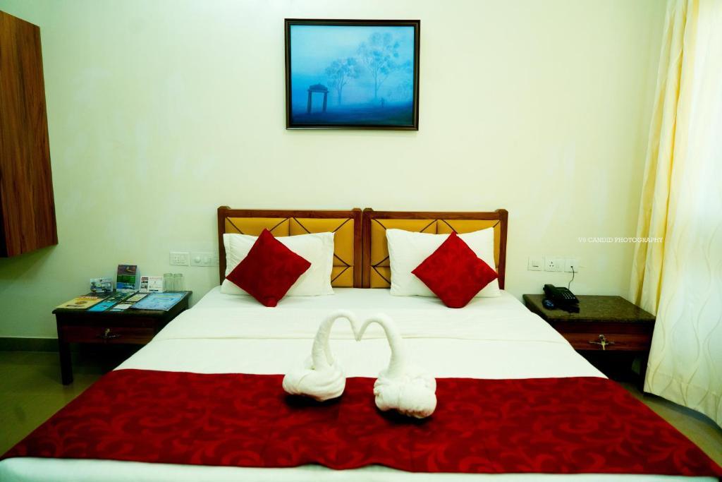 KSTDC Hotel Mayura Pine Top Nandi Hills
