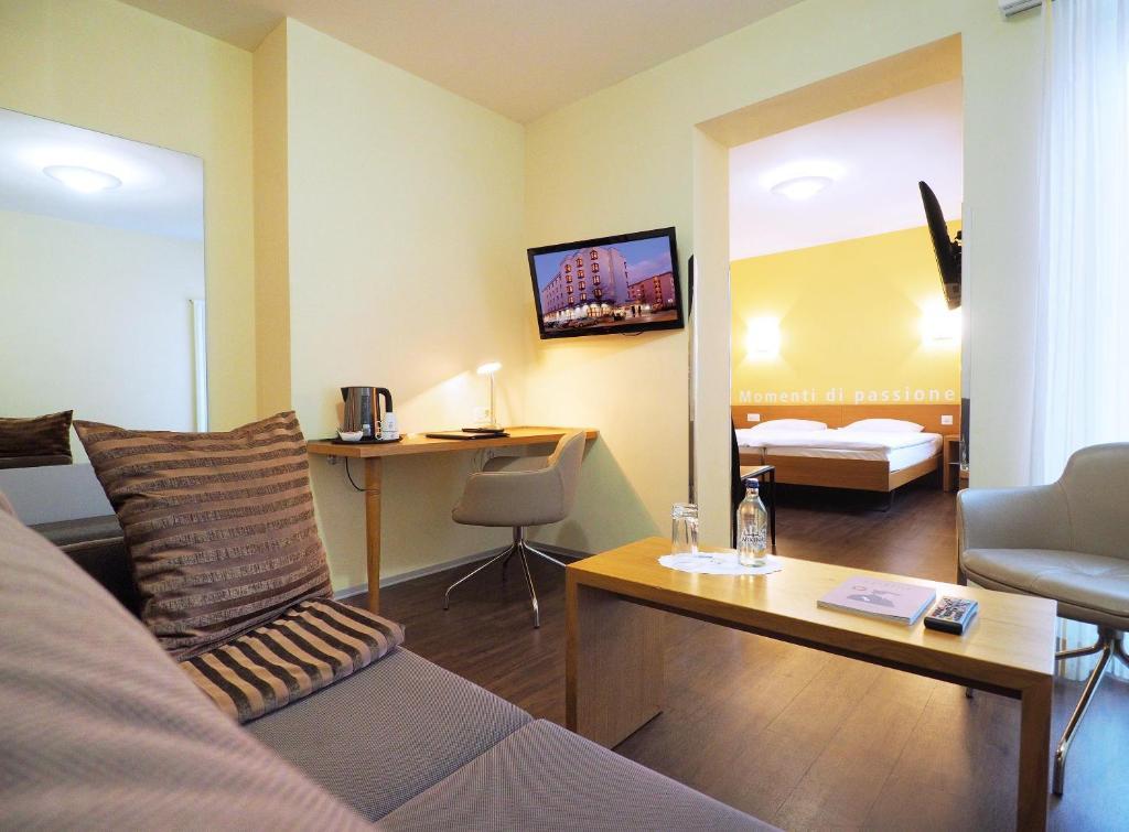 Ein Sitzbereich in der Unterkunft Sommerau-Ticino Swiss Quality Hotel
