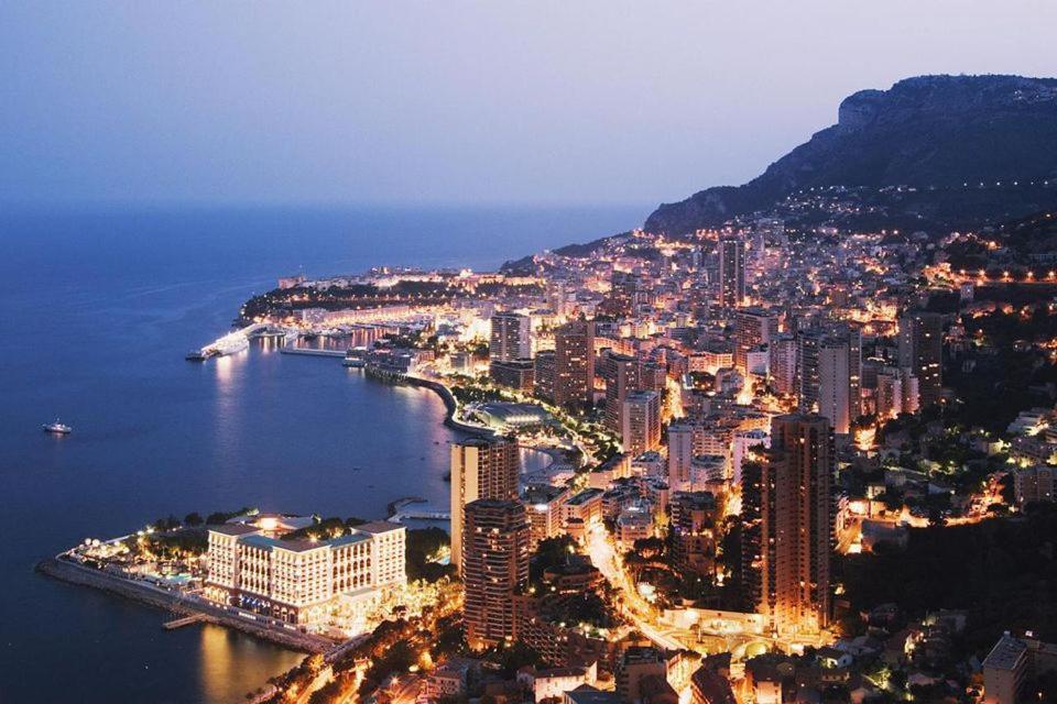 Appartement meublé à 100m de Monaco