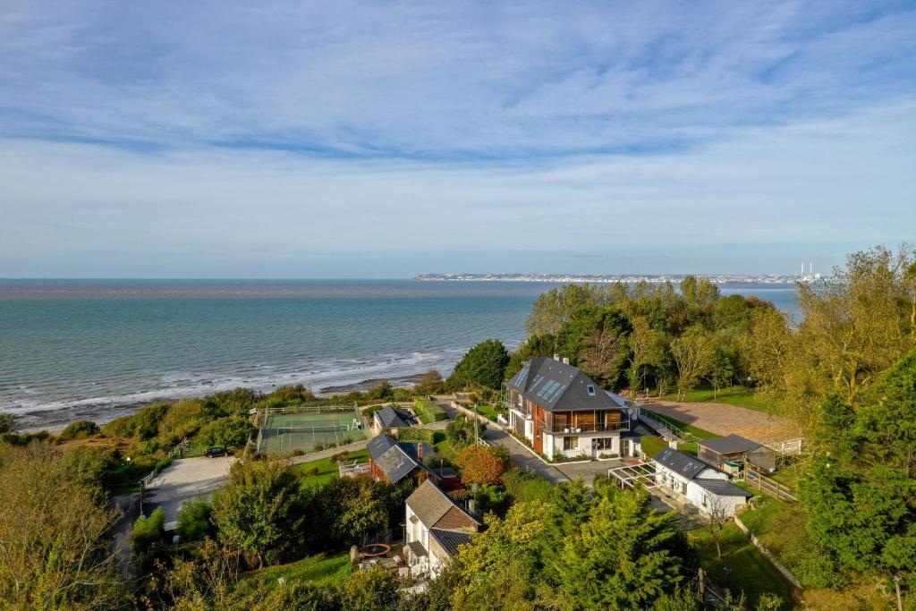 Vue panoramique sur l'établissement Les Cottages d'Annie