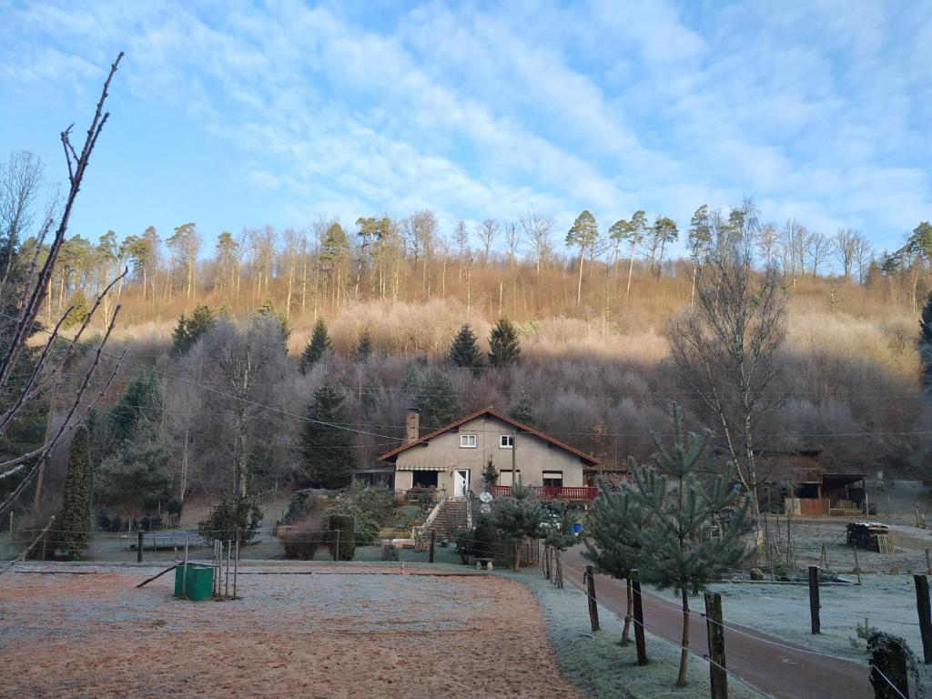 Gîte De La Vallée during the winter