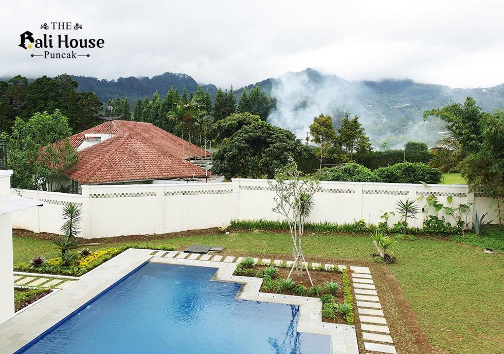 Villa The Bali House Puncak Bogor Indonesia Booking Com