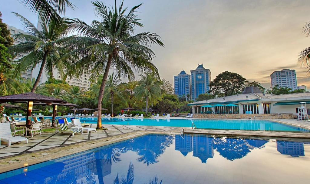 The swimming pool at or close to Hotel Borobudur Jakarta