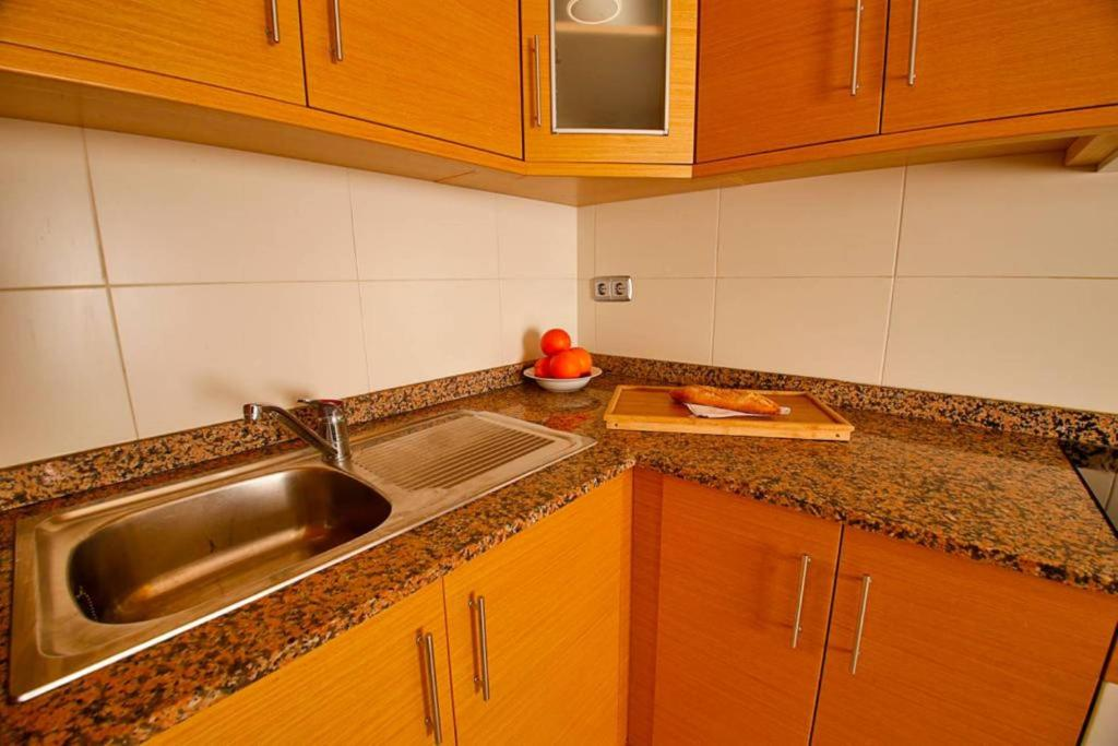 A kitchen or kitchenette at Alicante Hills Apartment