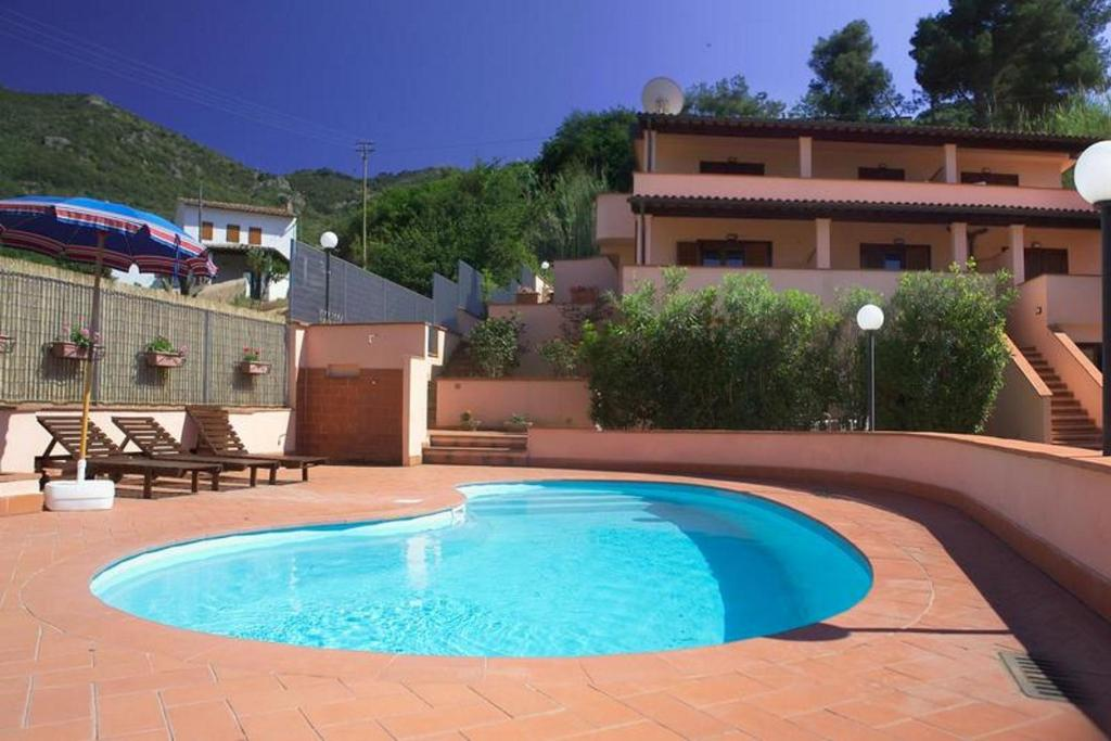 The swimming pool at or close to Rosa Dell'Arcipelago