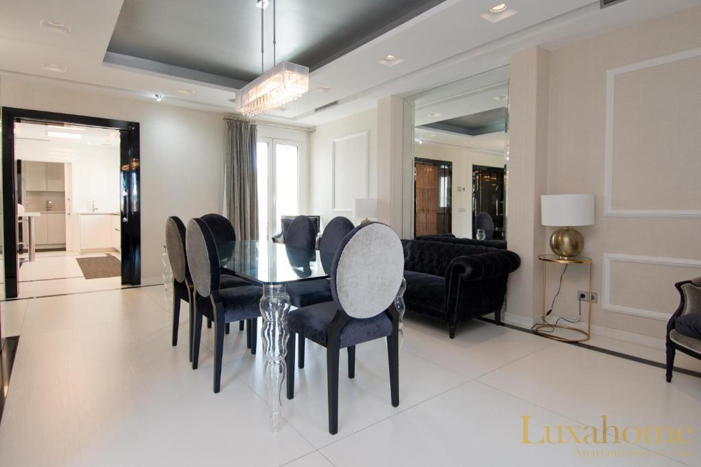 Apartment Luxahome Conde De Aranda Vi Madrid Spain Booking Com