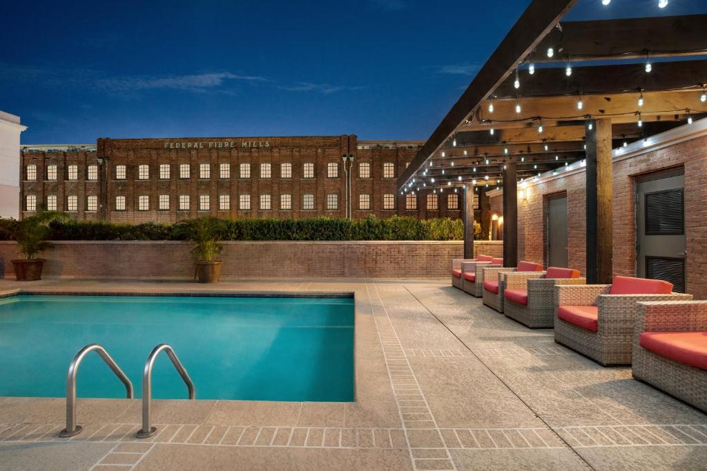 The swimming pool at or near Hilton Garden Inn New Orleans Convention Center