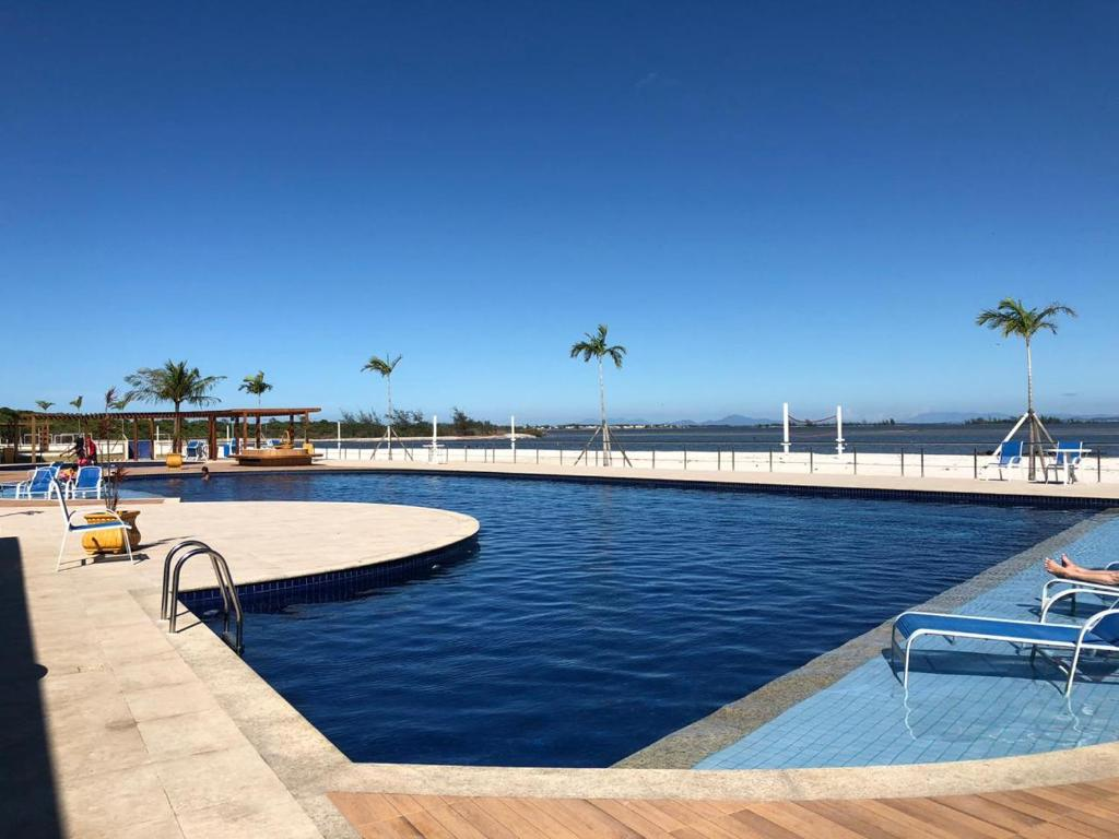 The swimming pool at or close to Golden Lake Lazer Completo 2 Qts