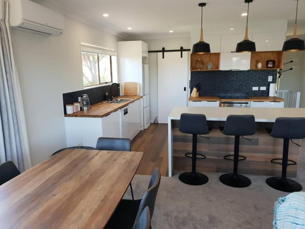 Booking Com Casa De Temporada All New Everything Beautiful Relaxed Open Space Tauranga Nova Zelandia 23 Avaliacoes Dos Hospedes Reserve Seu Hotel Agora Mesmo