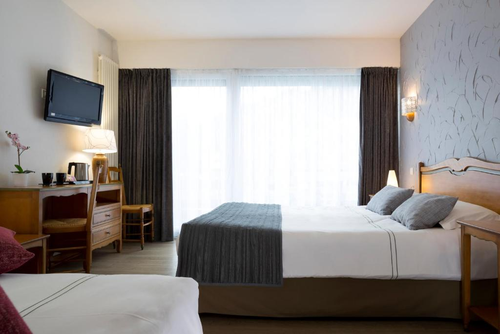 Hotel Les Chatelmines La Bresse, France