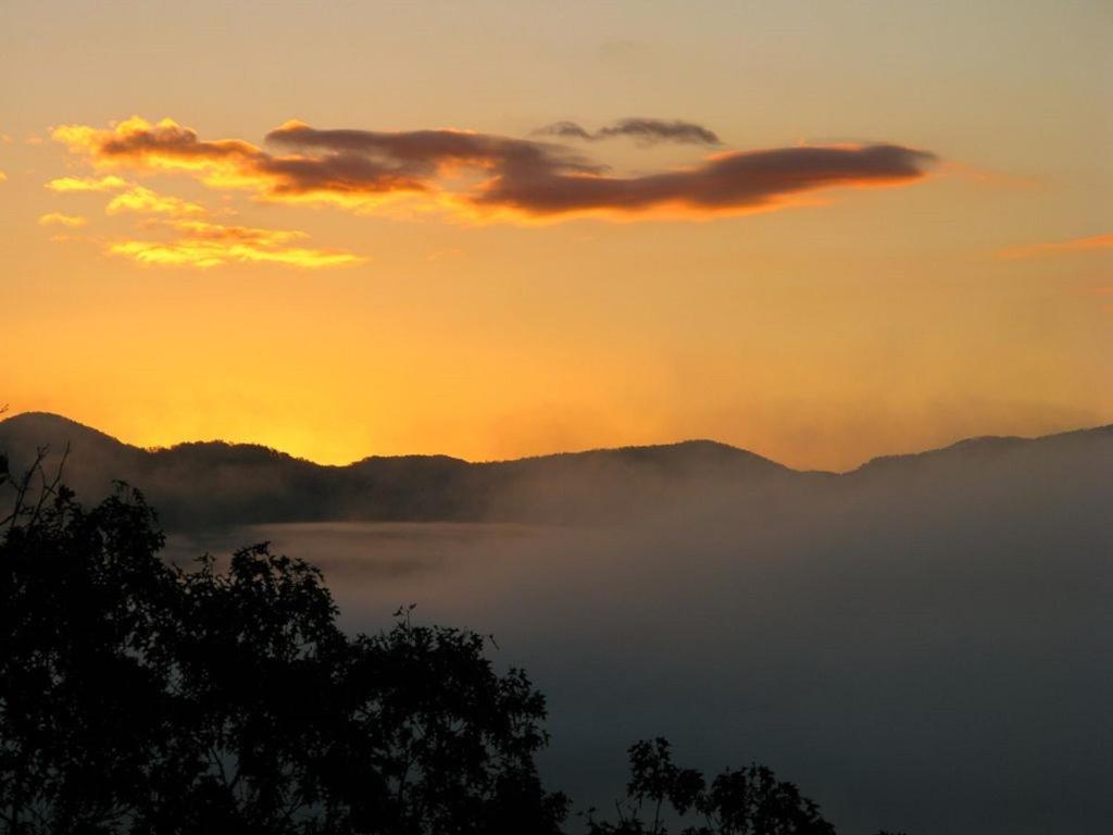 A Little Slice of Smokey Mountain Heaven with Wifi