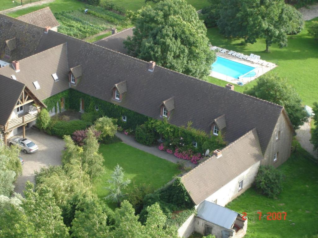 A bird's-eye view of La Grange 9