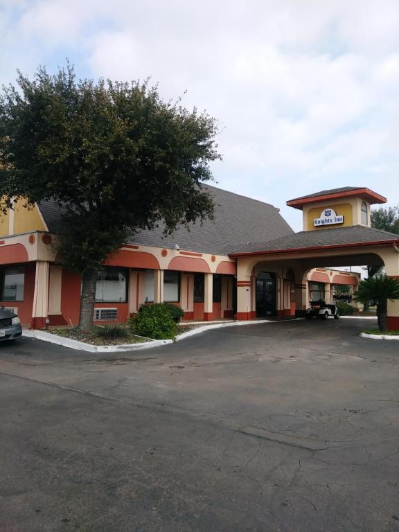 Knights Inn San Antonio near AT&T, TX - Booking.com