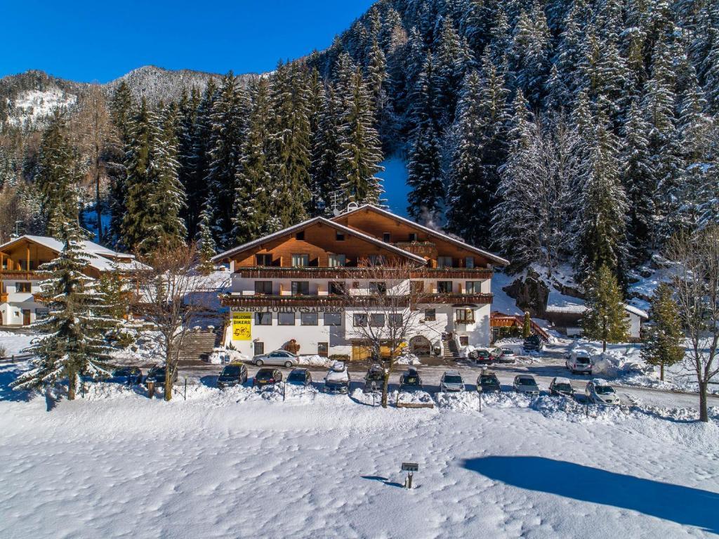 Hotel Pontives durante l'inverno