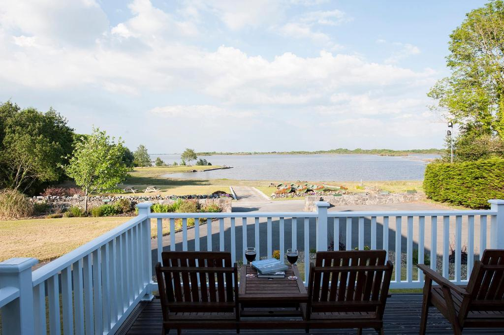 A balcony or terrace at The Waterfront House Country Home
