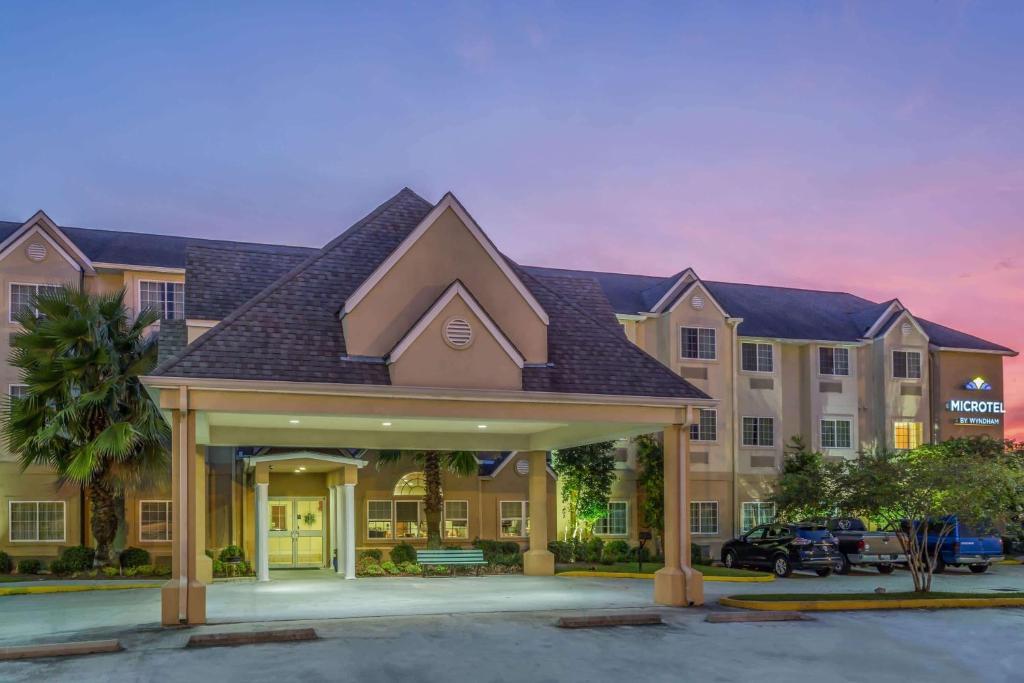 Microtel Inn & Suites by Wyndham of Houma