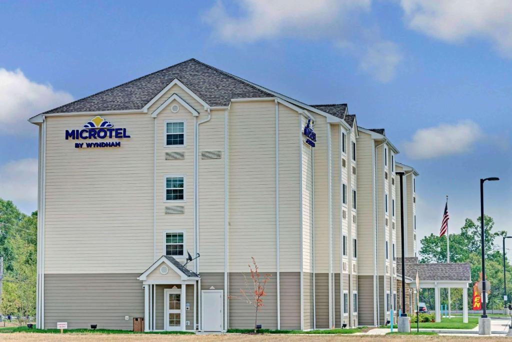 Microtel Inn & Suites by Wyndham Philadelphia Airport Ridley Park