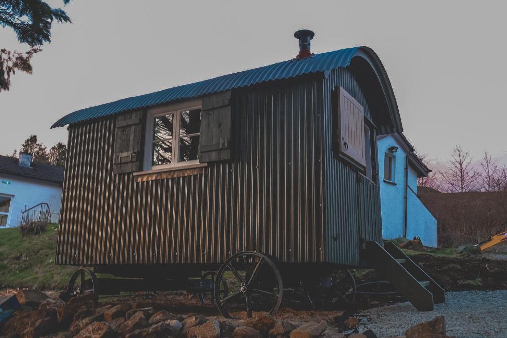 Loch Eyre Shepherd Hut