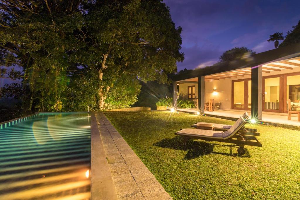 Mount Havana Luxury Boutique Villaの敷地内または近くにあるプール