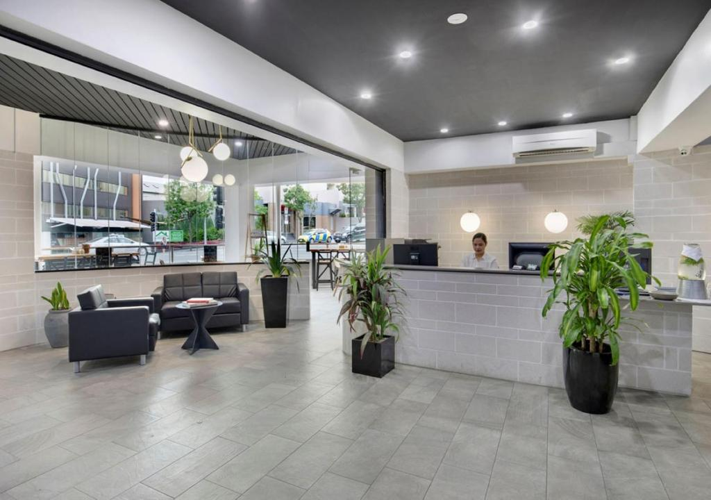 The lobby or reception area at The Metropolitan Spring Hill