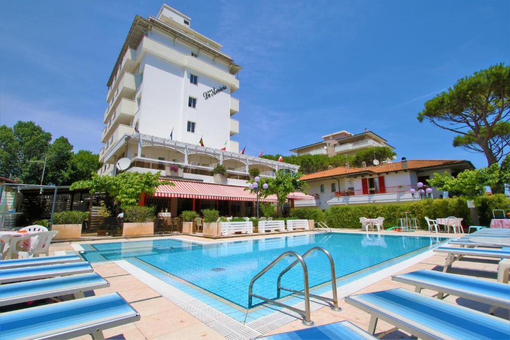 Hotel De Amicis Riccione, Italy
