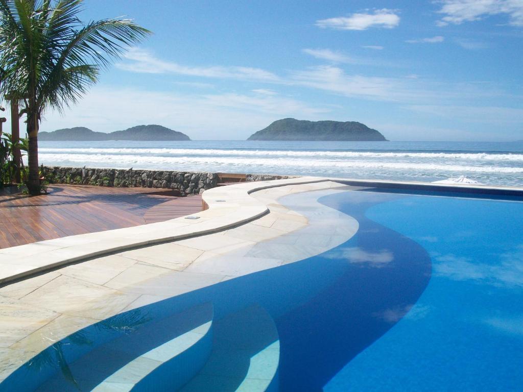 A piscina localizada em Juquehy La Plage Hotel ou nos arredores