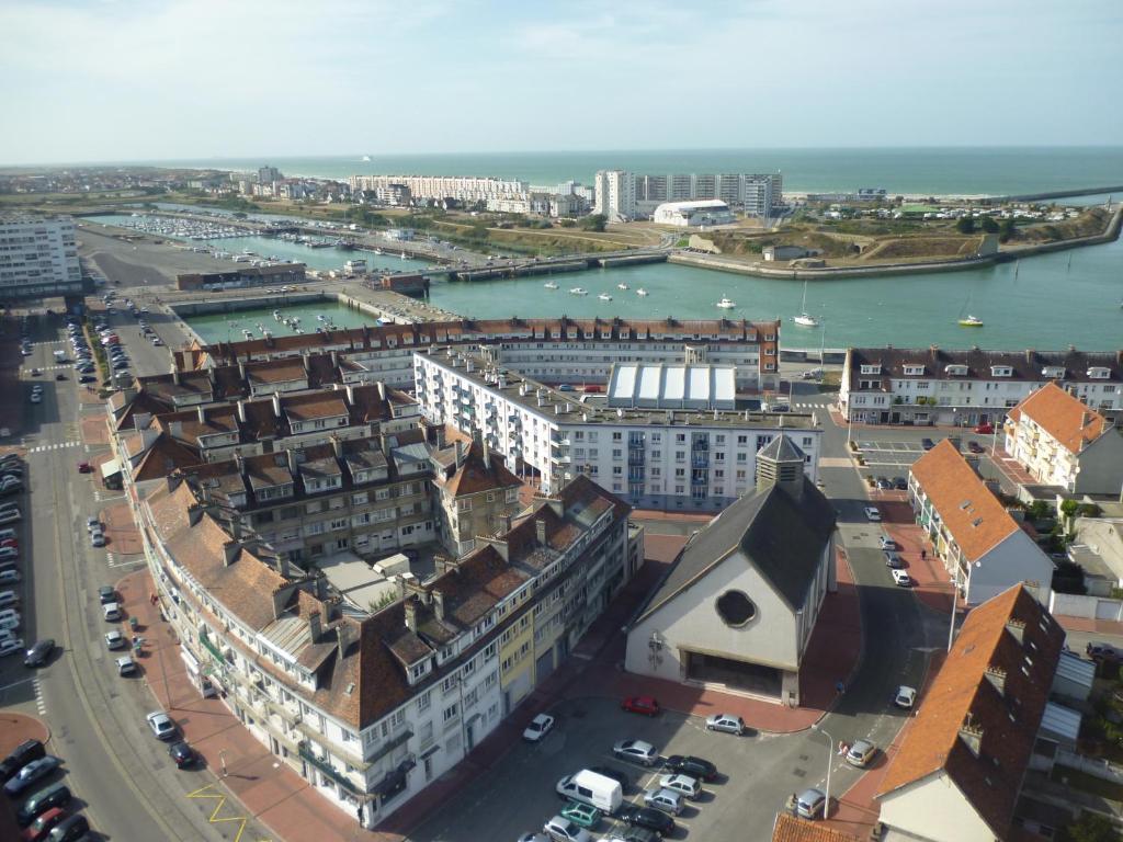 Blick auf Hôtel Victoria aus der Vogelperspektive