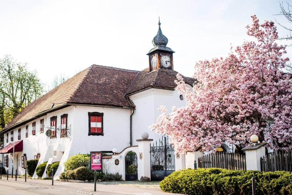 Hotel Schloss Leonstain Portschach am Worthersee, Austria