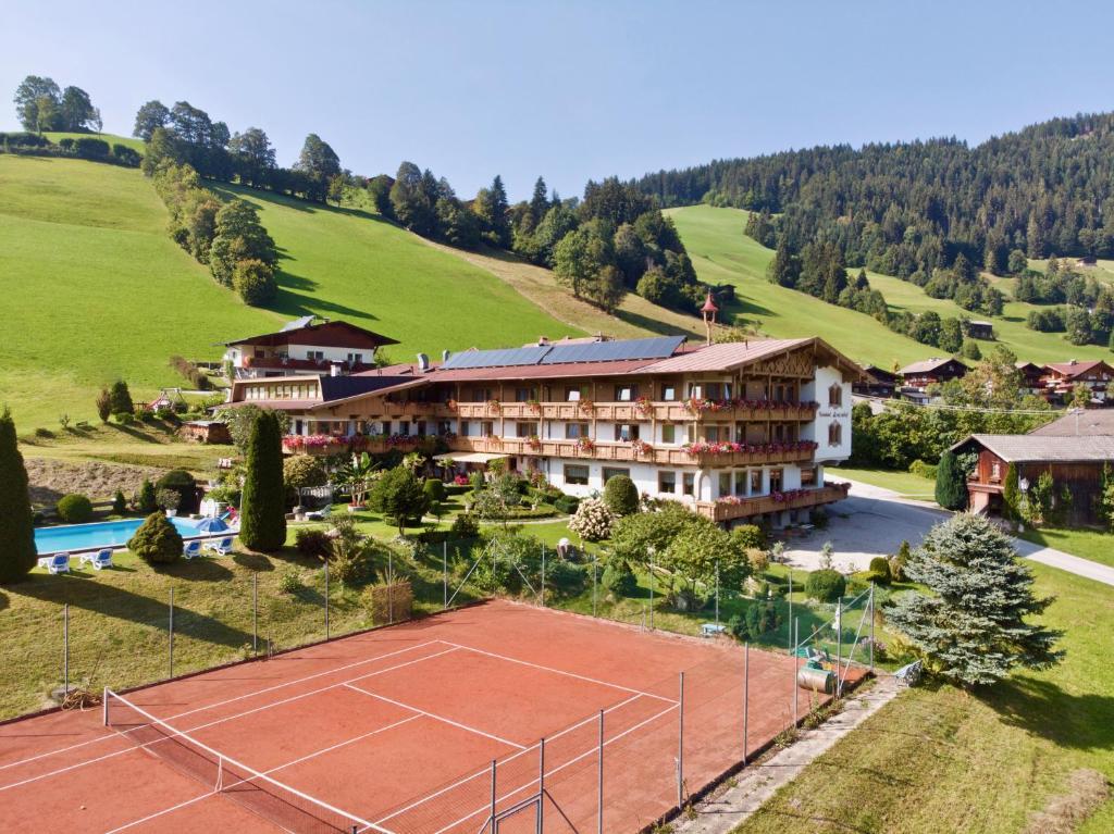 Hotel Lenzenhof Oberau, Austria