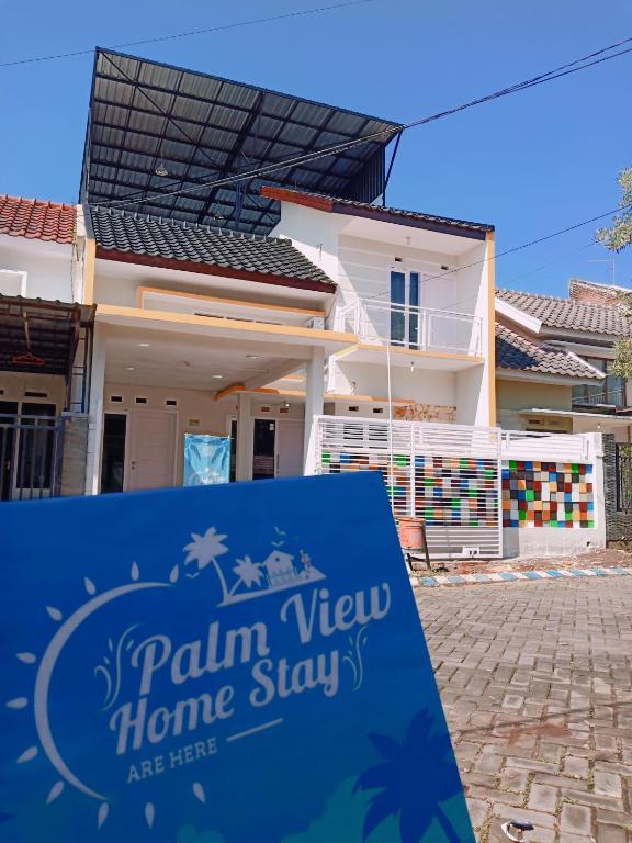Palmview Homestay Griya Dwiga Malang Indonesia Booking Com