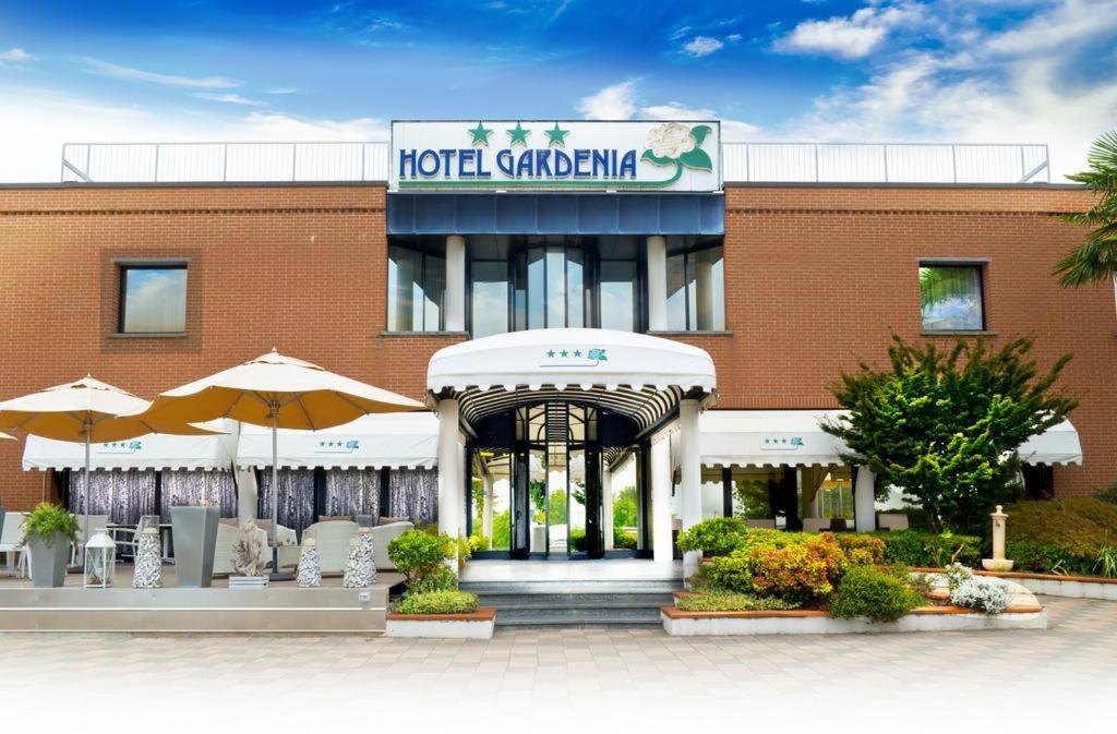 Hotel Gardenia Cermenate, Italy
