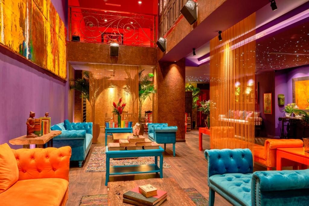 The lobby or reception area at Prostyle Hotel Ho Chi Minh プロスタイルホテルホーチミン