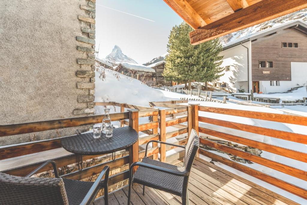 A balcony or terrace at Chalet Alpoase