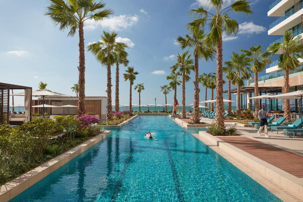 The swimming pool at or near Mandarin Oriental Jumeira, Dubai