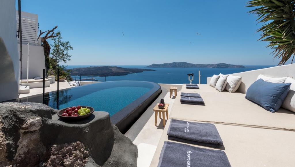 Porto Fira Suites Fira, Greece