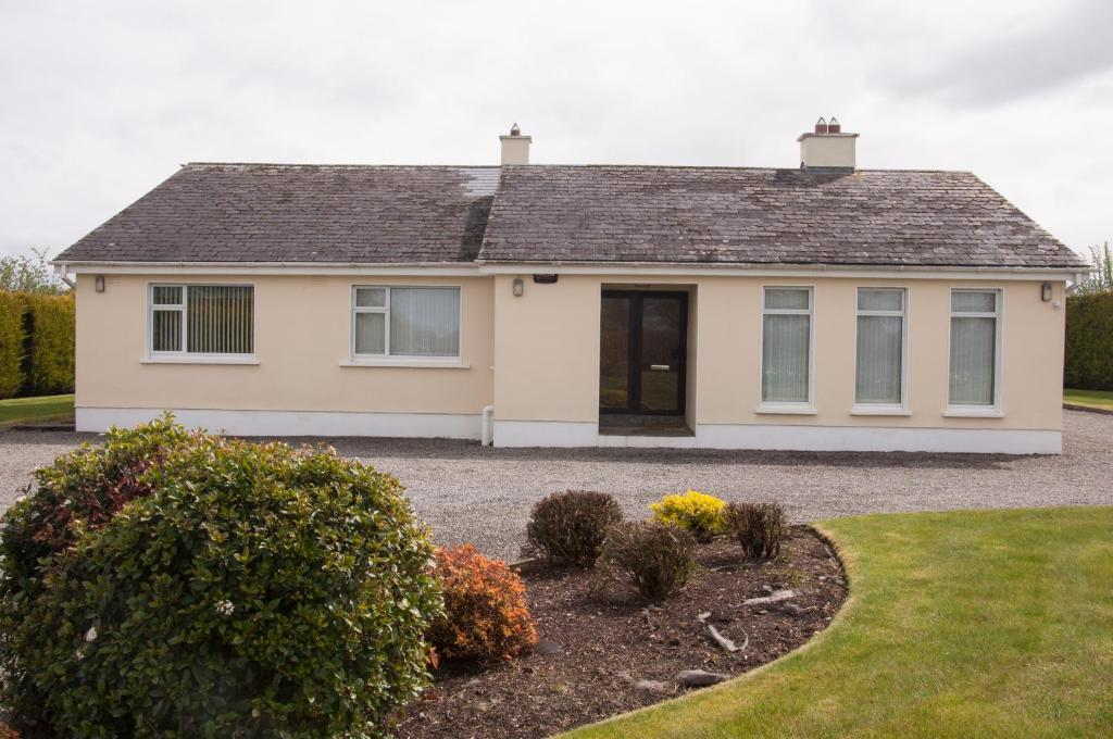 Eagle View Holiday Home