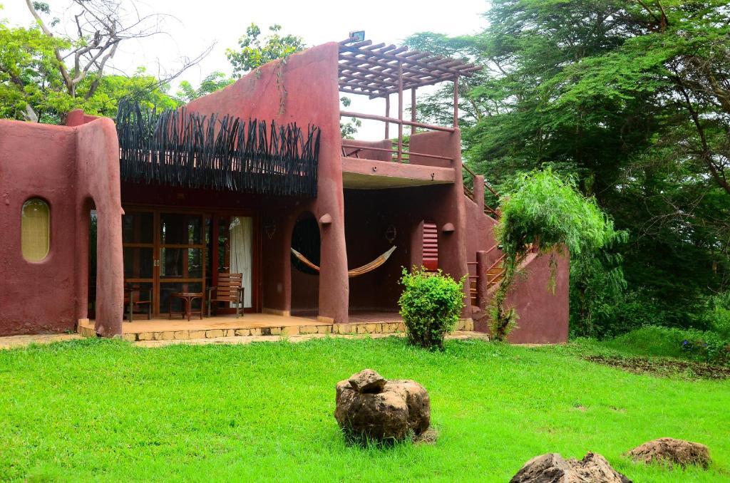 Amboseli Serena Safari Lodge, Kenya - Kichaka Tours and Travel