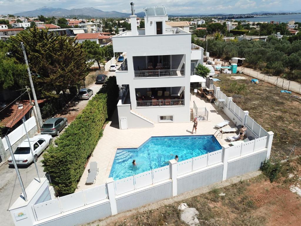 Villa d'Irene-near athens airport , 200 meters from the beach davis
