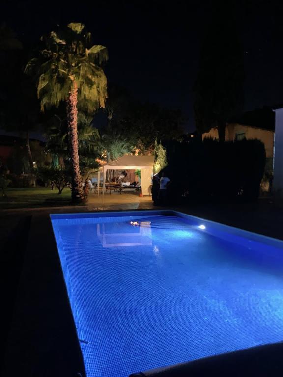 Het zwembad bij of vlak bij Casa Alestelou