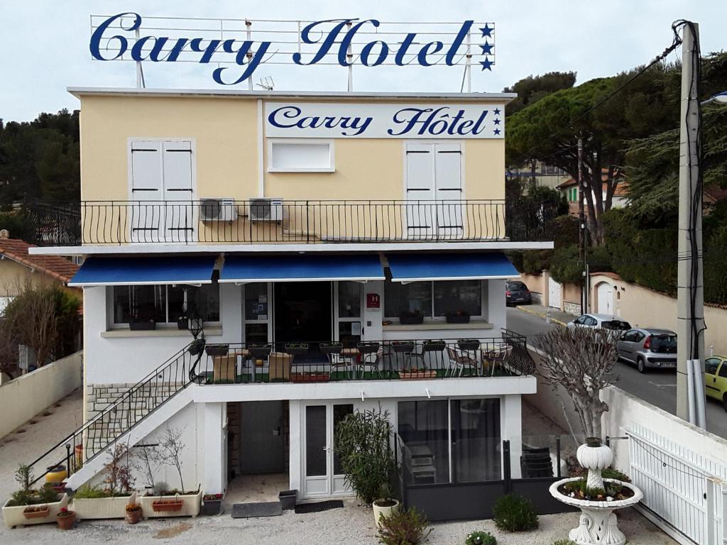 Carry hôtel***