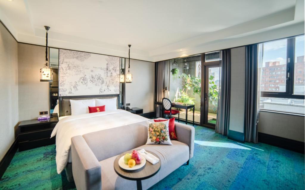 凱旋酒店房間的床