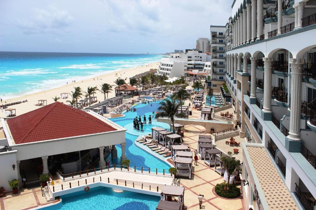 A view of the pool at Hyatt Zilara Cancun - All Inclusive - Adults Only or nearby