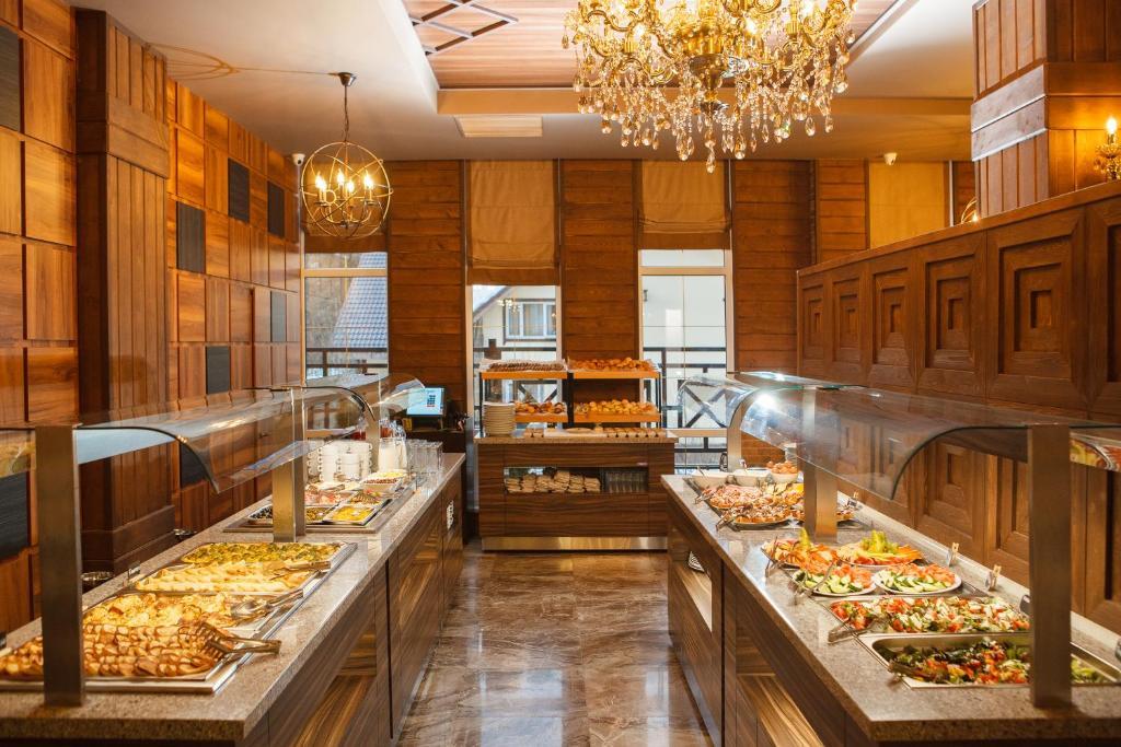 Ресторан / где поесть в Спа Отель Грейс Империал