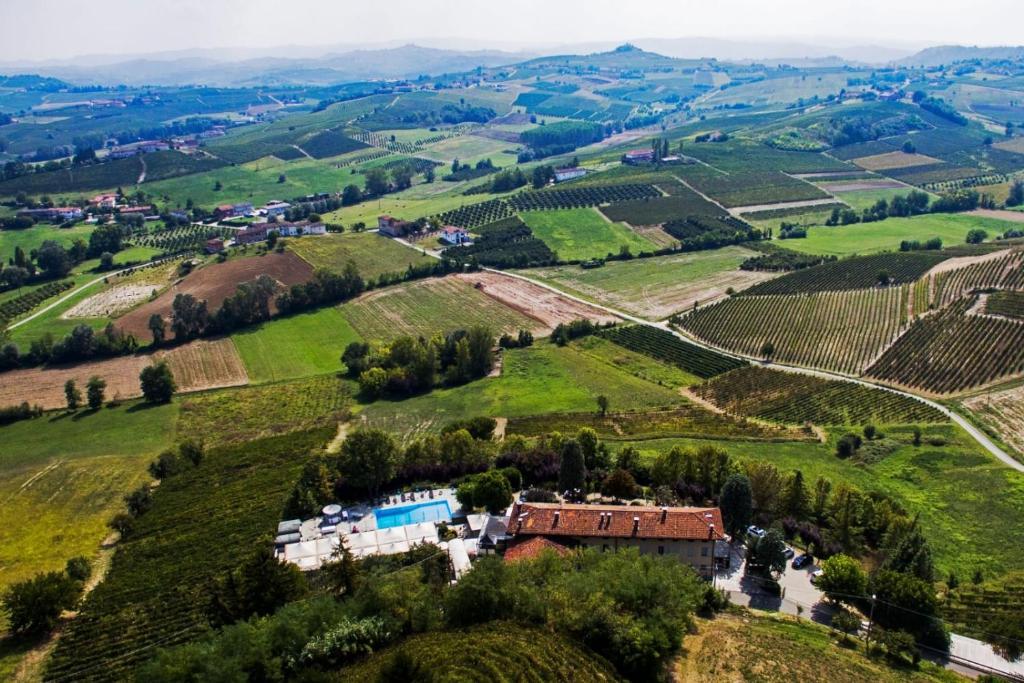Locanda del Boscogrande Montegrosso dAsti, Italy