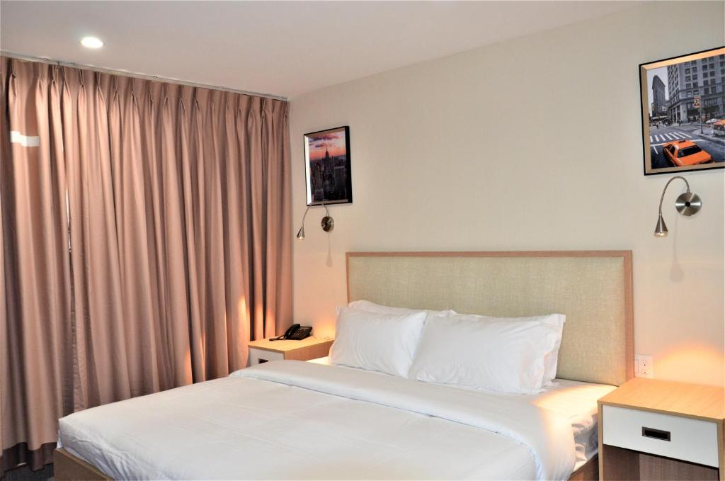 Lic Plaza Hotel Queens Updated 2021 Prices