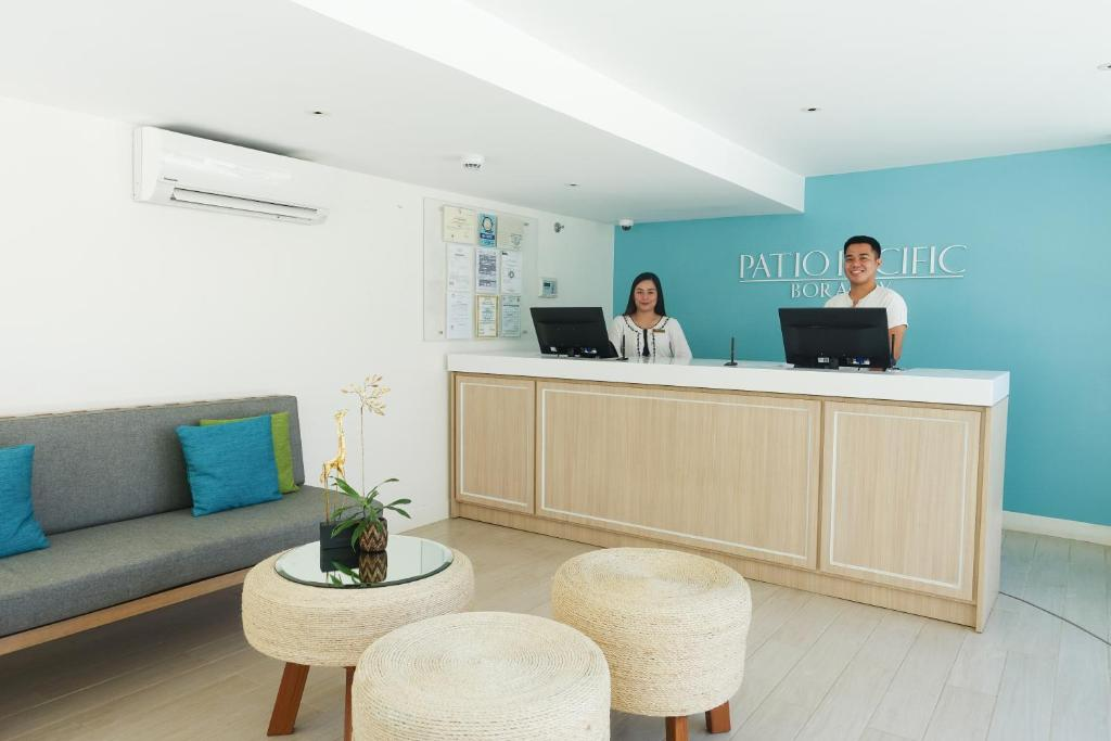 The lobby or reception area at Patio Pacific Resort