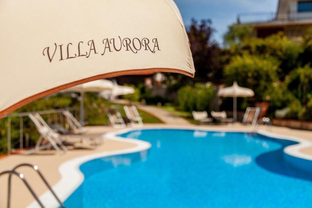 Piscina di Casa Vacanza Villa Aurora o nelle vicinanze